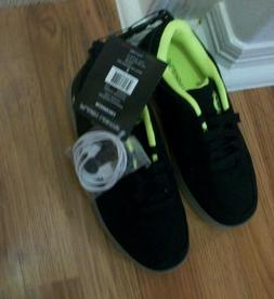 Flash Light Youth BOYS Size 5 Light Up Sparkly Tennis Shoes